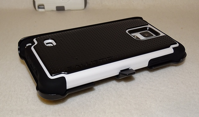 Ottertox Defender: My Review for the Note 4-bal04.jpg