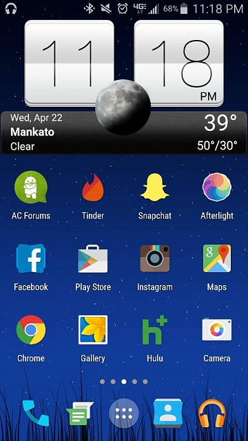 What are you using for your launcher? Any screen shots? Looking for very minimalistic-1429815594167.jpg