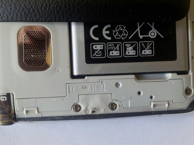 Samsung Note 4 Charging Port Issue-inside-phone.jpg