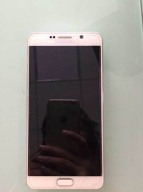 Will the Note 5 have removable battery and storage?-note-5-blank-screen.jpg