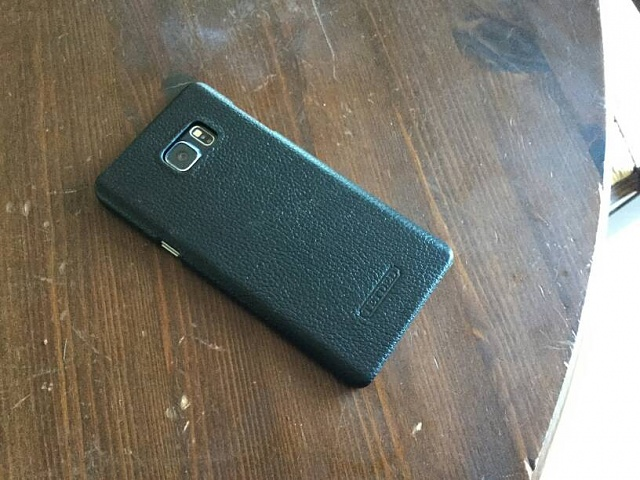 Any leather cases that don't have a flip cover?-2144.jpg