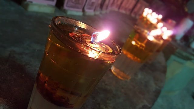 Note 5: Camera Shots! Show us your pictures-oil_lamp.jpg
