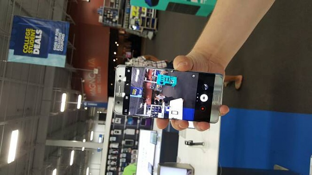 Where to see the Note 7 in-person? Demo Displays?-1081.jpg