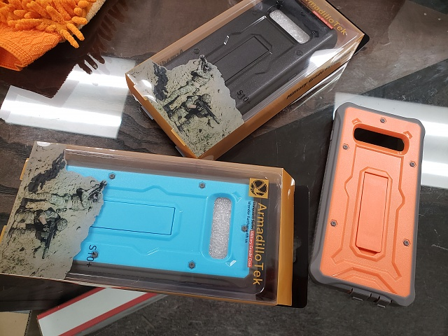 An almost perfect case for Galaxy S10 and S10 Plus, if there were Screen Protector built-in.-20190222_115223.jpg