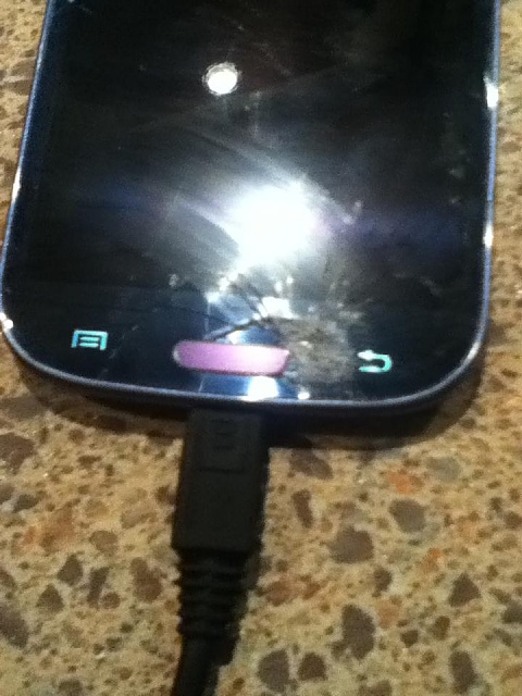 How to tell LCD Screen and Digitizer are broken?-qfelqlp.jpg