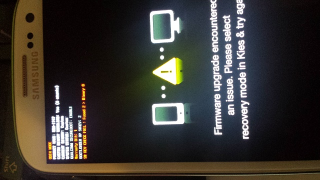 galaxy s3 on firmware upgrade encountered an issue???-20140506_062555-1-.jpg