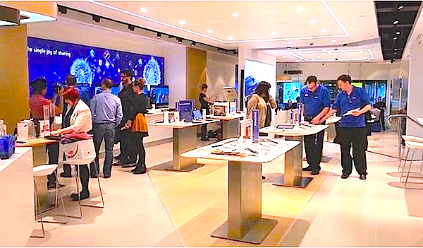 Clearing the air.. with Apple.-samsung-store.png
