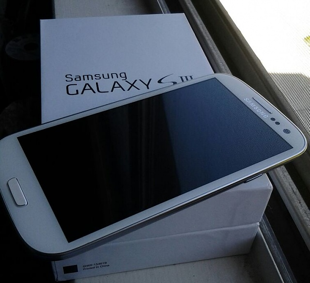 Picked up a Galaxy SIII and got a free gift!-uploadfromtaptalk1353870631505.jpg