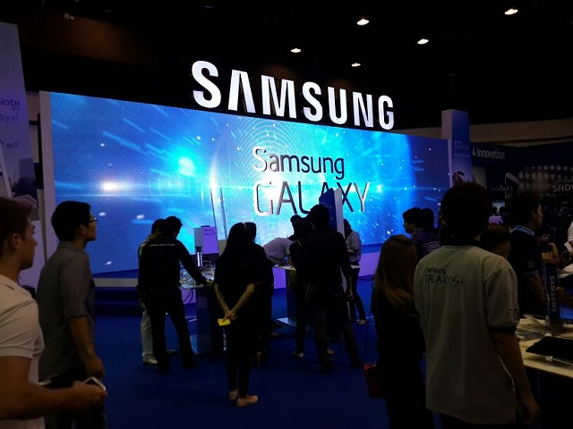 Wow. Best Buy has an entire section of the store devoted to Samsung Galaxy Products-uploadfromtaptalk1369283534718.jpg