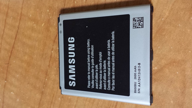 I bought a spare Samsung battery, but is it legit? (Pictures Inside)-20130620_183506.jpg