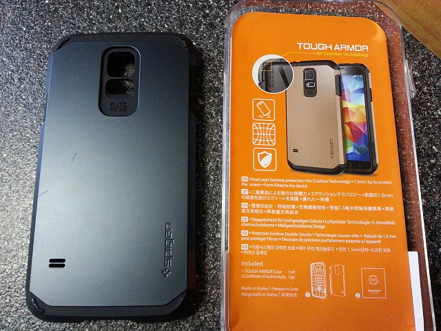 Galaxy S5: Got my Spigen tough armor today-2014-04-04-17.07.48.jpg