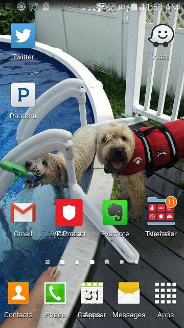 Screen Icons layering over other screens-screenshot_2015-02-20-11-58-56.jpg