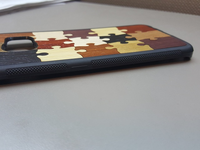 """Review of real wood case, Carved """"Random Puzzle"""" Traveler case-leftbuttons.jpg"""