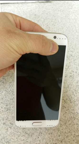 We MAYY have our first look at the real deal GS6! Actual pics of the device itself!-screen-shot-2015-02-25-4.22.50-pm.png