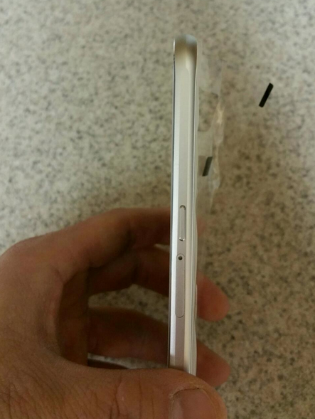 We MAYY have our first look at the real deal GS6! Actual pics of the device itself!-screen-shot-2015-02-25-4.22.59-pm.png