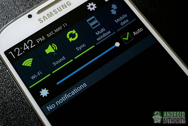 Samsung Galaxy S6 Full Review from Mobile-Review (Russian) (Battery, Camera, More)-samsung-galaxy-s4-auto-brightness.jpg