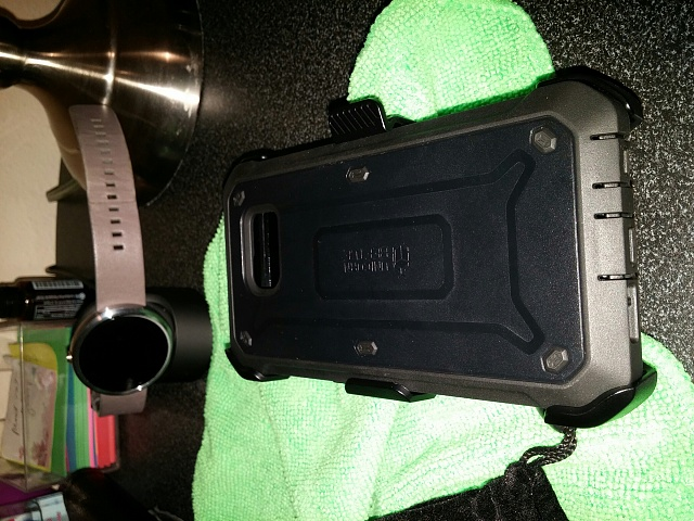 I have a Supcase with holster for S6 for sale cheap if someone needs it.-img_20150416_200814_resized.jpg