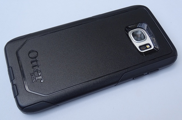 anyone try the otterbox commuter?-comm03.jpg