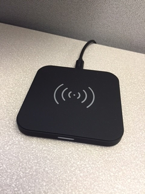 Review of the Choetech Fast Wireless Charger-2.jpg