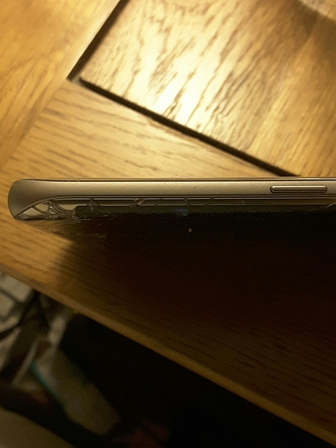 iphone 5 overheating screen crack image