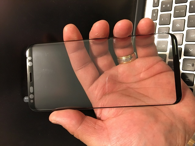 Screen Protectors for Curved Screen?-img_0040.jpg