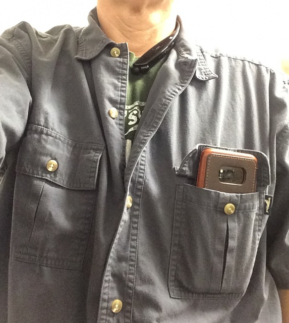"""How """"pocket-able"""" is the S8+?-pocketable-s8-.jpg"""