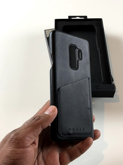 new product 08539 e0eeb Review: Mujjo Wallet Case for the Samsung Galaxy S9+ - Android ...