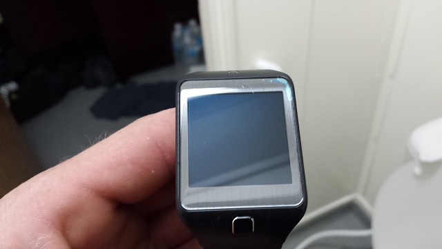 gear 2 neo glass issue-pic1.jpg