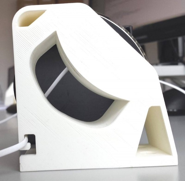 3D printed stands for the Gear S-11082996_937281392969859_44474616_n.jpg