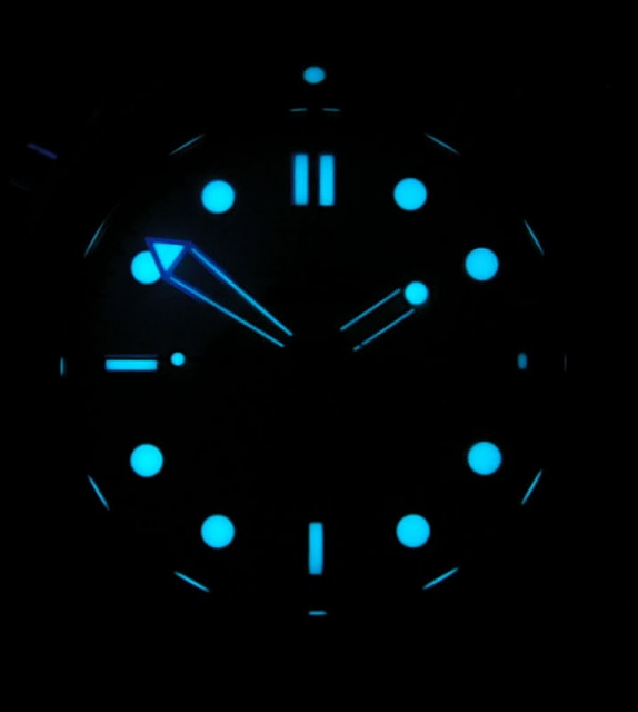 """Any """"glowing"""" watch faces for the Gear S2?-seamaster.jpg"""