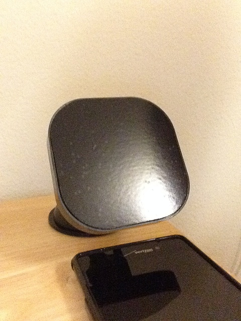 Anybody have the Air Dock? A wireless charging car mount.-img_0005.jpg