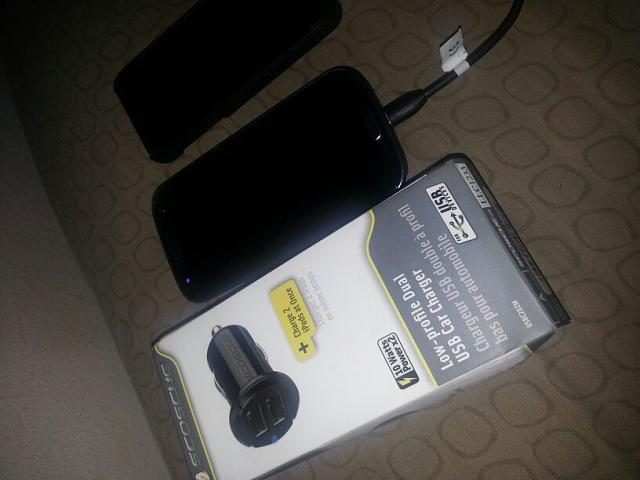 Car Chargers, proper ones few and far between.-uploadfromtaptalk1351882831771.jpg