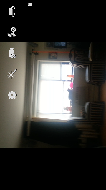 Camera app on GN2 - no full-screen display-screenshot_2013-04-25-11-08-51.png