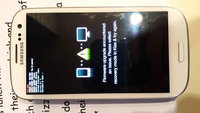 Phone Stuck on Firmware Upgrade, sent to samsung, they didnt fix it-20140328_164517.jpg