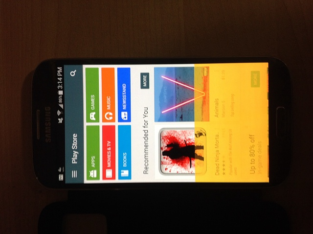 Samsug Galaxy S4 yellow flickering screen problem.-image.jpg
