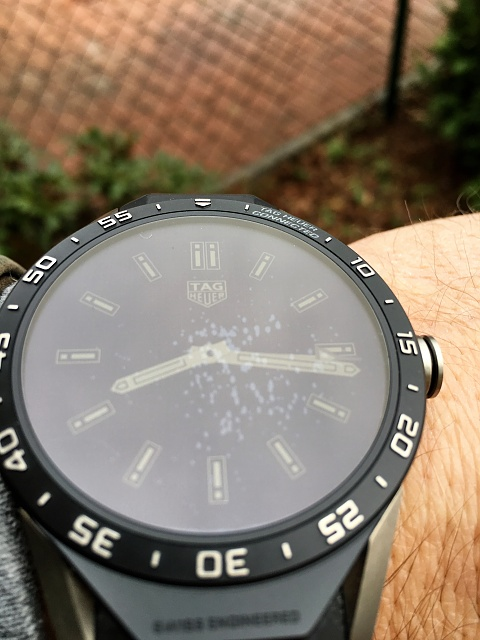 TAG HEUER CONNECTED - Air Bubbles Inside Screen-img_1768.jpg