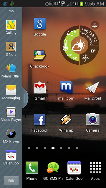 2 new apps added to my split screen view - mystery-screenshot_2013-02-12-09-56-05.png