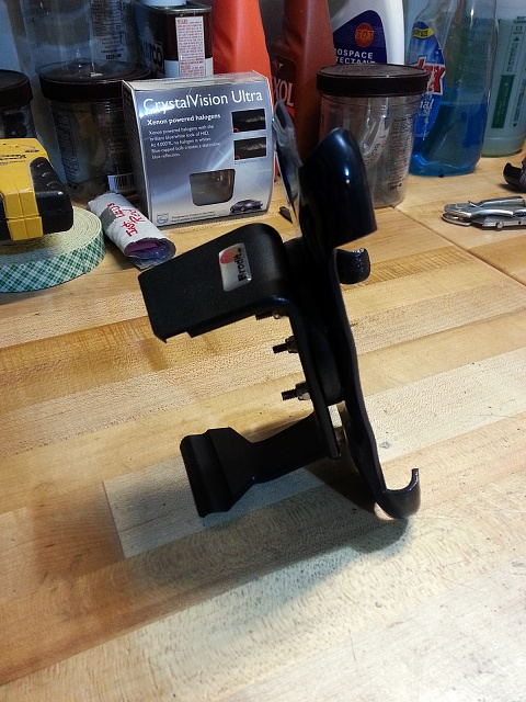 Anyone using a car mount for their device? And which one?-20130228_200857.jpg