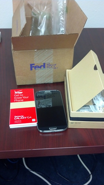 Verizon S4 came today-2013-05-21-10.46.32.jpg